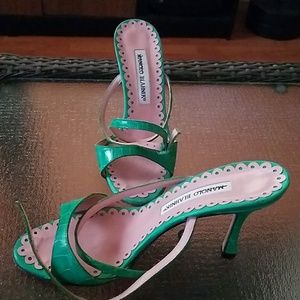 Manolo blahnik green alligator skin heels